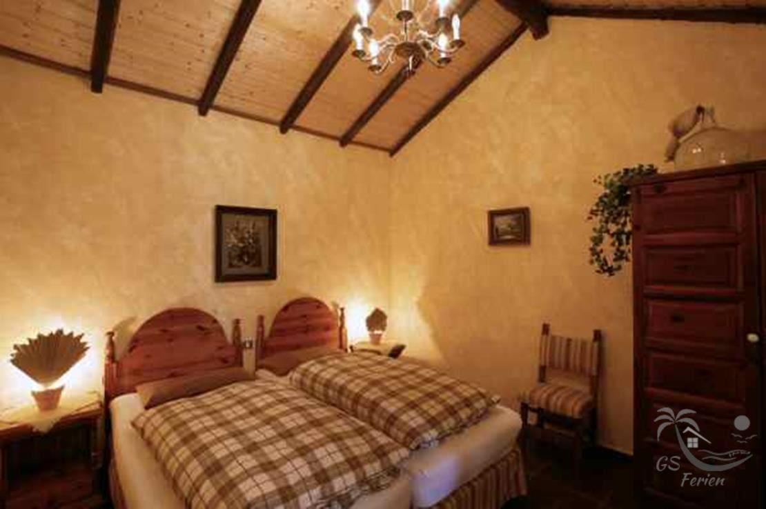 Schlafzimmer 2 / sleepingroom 2