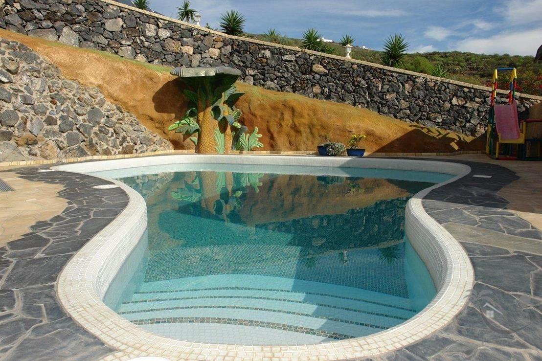 Gemeinschaftspool / community pool